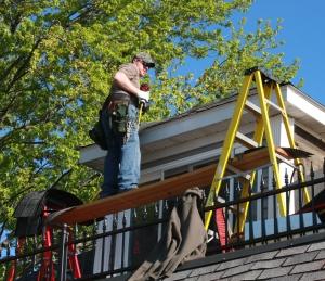 shingling house roof